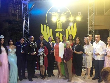 "Entregan premios ""Puerto Plata For Help Awalds 2016"